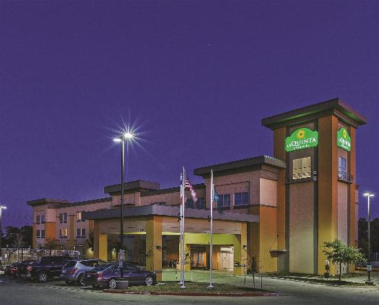 La Quinta Inn & Suites Austin NW/Lakeline Mall: Exterior view