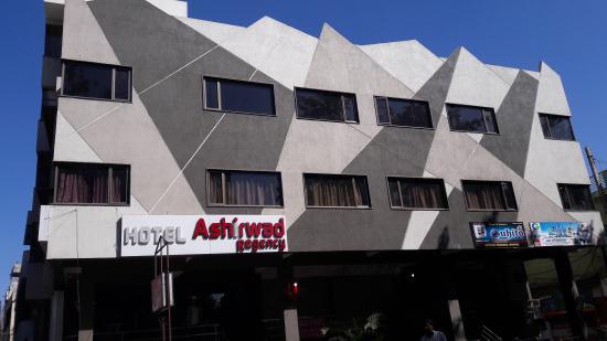 Hotel Ashirwad Regency