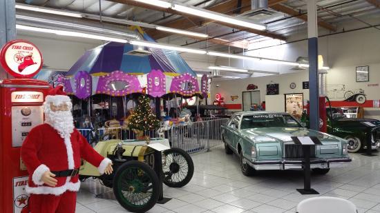 Interesting Showroom Picture Of Martin Auto Museum Phoenix