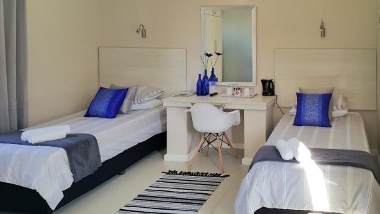 Le Blue Guesthouse: Standard Twin Room