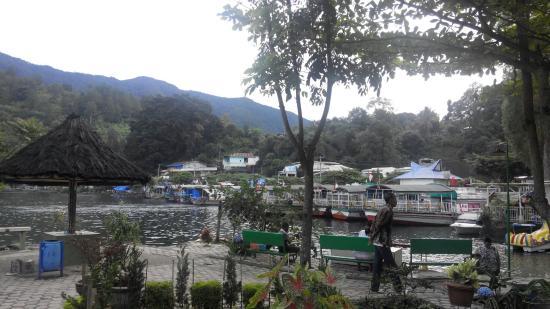 Pandu Lakeside Hotel : IMG_20150111_074819_large.jpg