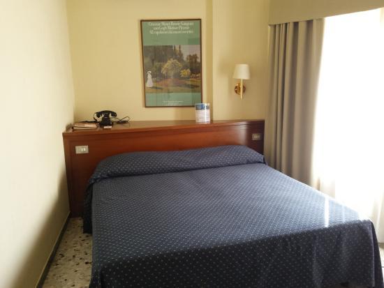 Camera - Foto di Hotel Titano, San Marino - TripAdvisor