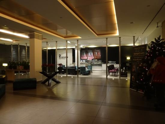 Amman Airport Hotel: hall