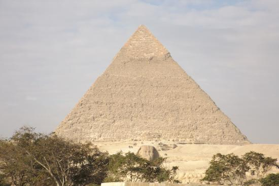 Pyramids View Inn: View from my room of Khafre's pyramid and sphinx