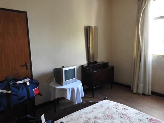 Ras Hotel: COIN TELE