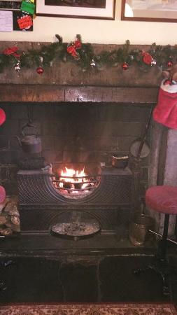Broughton-in-Furness, UK : Beautiful open fire