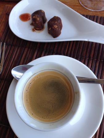 Peponi Hotel: Espresso and truffles