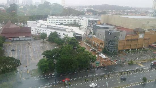 Holiday Inn Melaka: City View from Room