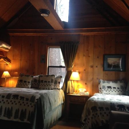 Tamarack Lodge and Resort: Inside Cabin 22, studio cabin.