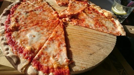 La Rondinella Ristorante Pizzeria