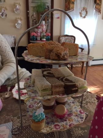 Walpole, MA: Afternoon tea tray