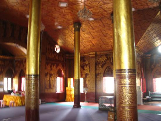 Wat Pha Jao Lung: l'intérieur