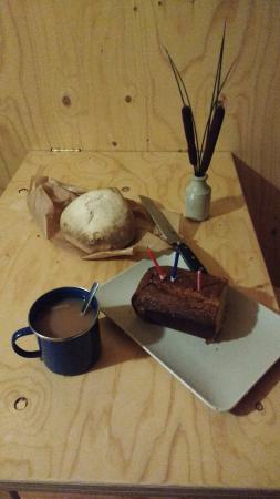 Ciliau Aeron, UK: bread and cake