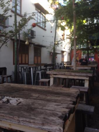 Outside Picture Of Drunk Monkey Old Street Bar Kuching Tripadvisor