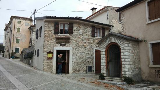 Trattoria Al Borgo Dell'Arusnate