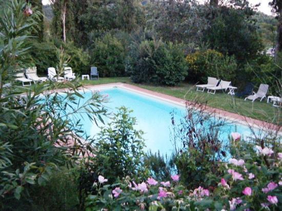 La piscina foto di al giardino degli etruschi chiusi tripadvisor - Il giardino degli etruschi ...