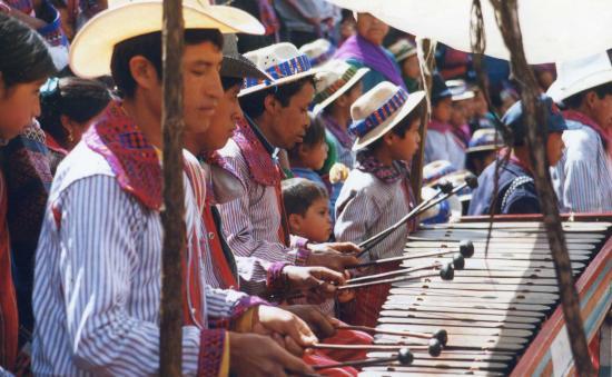 Todos Santos, Guatemala: todos Marimbas
