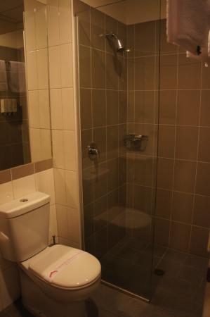 City Garden Hotel: 浴室