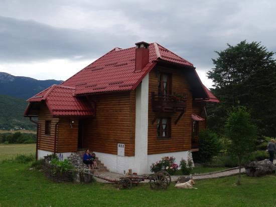 Korenica, Kroatien: Jolie maisonnette en campagne
