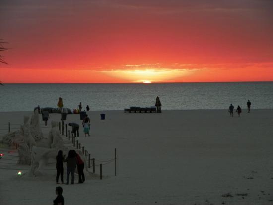 Bilmar Beach Resort: Vista do quarto - Por do Sol