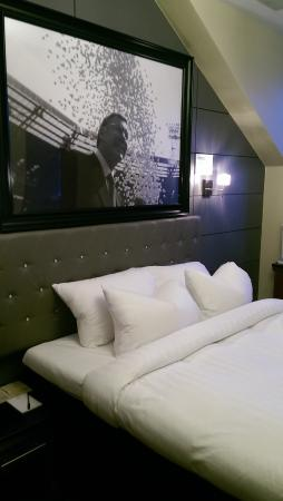 Angels Share Hotel: The Alex Ferguson room