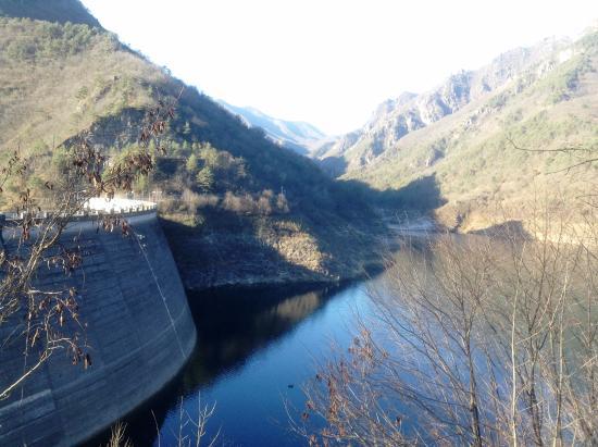 Provincia di Brescia, Italia: Panorama lago di Valvestino