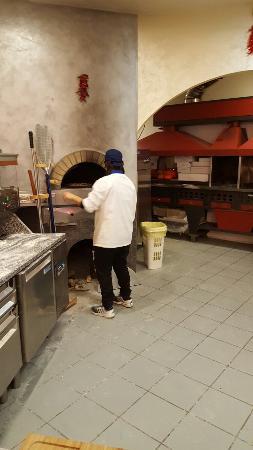 Roccacasale, อิตาลี: 20160101_214125_large.jpg