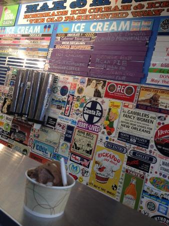 Photo of Restaurant Max and Mina's at 7126 Main St, Flushing, NY 11367, United States