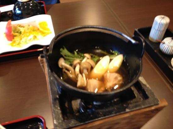 Tenei-mura, Japón: 朝食の鳥鍋