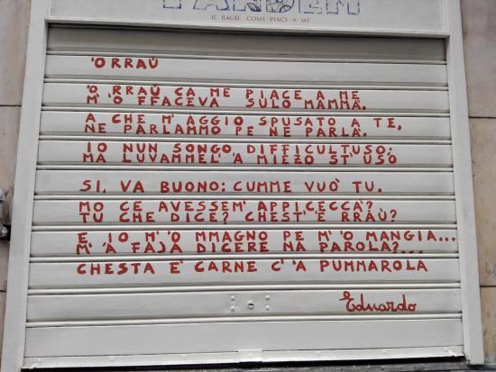 Via Sedile Di Porto 51.Una Dedica Di Eduardo Al Ragu Foto Di Tandem Sedile Di Porto