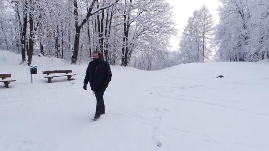 Krnov, Tschechien: winterse wandeling in de directe omgeving van het hotel.