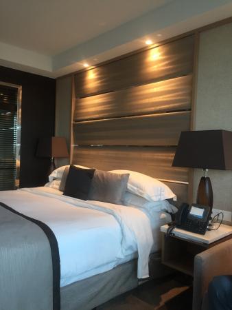 Resorts World Bimini: King bed