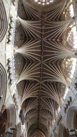 Exeter Cathedral: Amazing ceiling