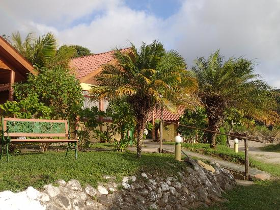 Cabinas Bella Vista : Our cabin in the daytome