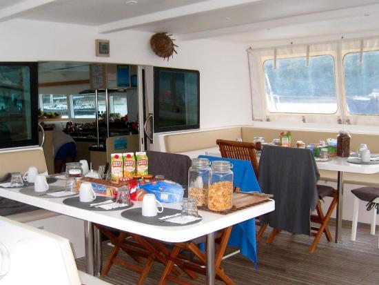 La Salle A Manger 2 Tables De 7 Picture Of Catlante Catamarans