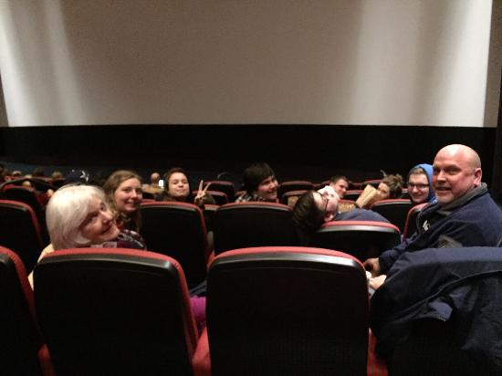 Cinerama : 6 rows back isn't too close!