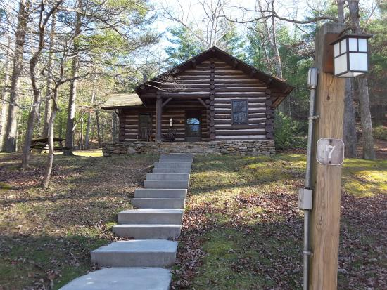 Clifton Forge, Wirginia: Cabin