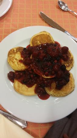 Hotel Lek: The best pancakes ever :)