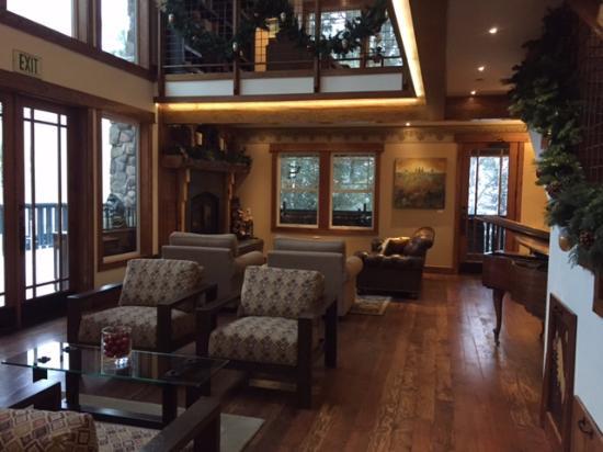 Grand Idyllwild Lodge Sitting area