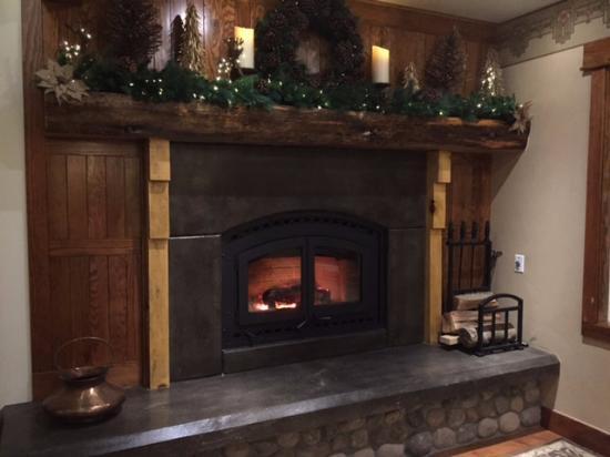 Grand Idyllwild Lodge Fireplace