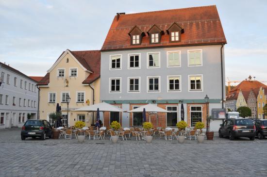 Berching, Γερμανία: Пустующее летнее кафе