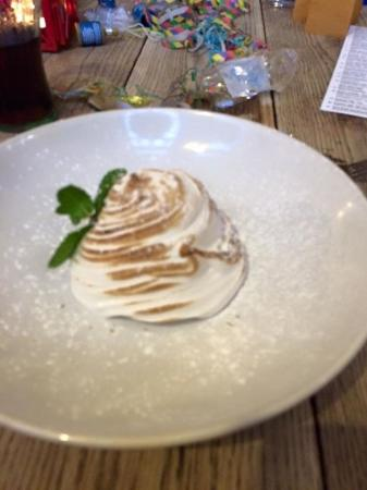South Normanton, UK: Baked alaska