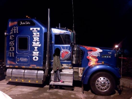 camion publicitario picture of posada termino hoznayo tripadvisor. Black Bedroom Furniture Sets. Home Design Ideas