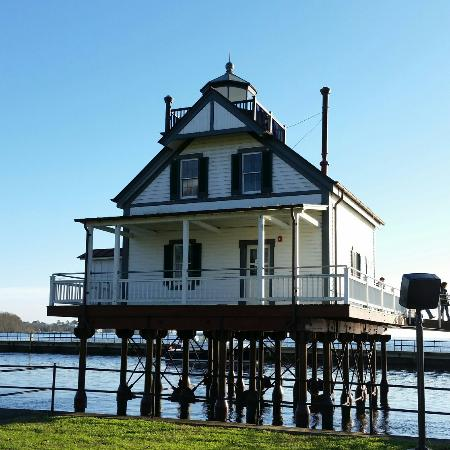 Edenton, NC: 1886 Roanoke River Lighthouse
