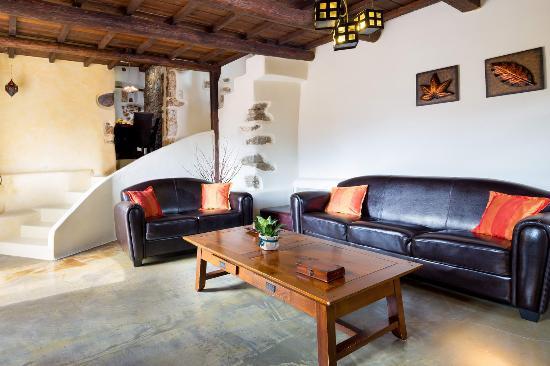 Villa Verekinthos: livingroom