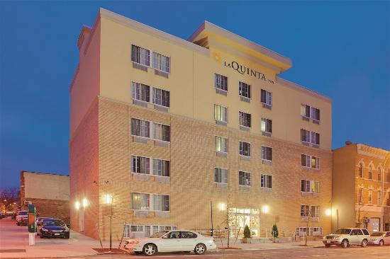 La Quinta Inn & Suites Brooklyn