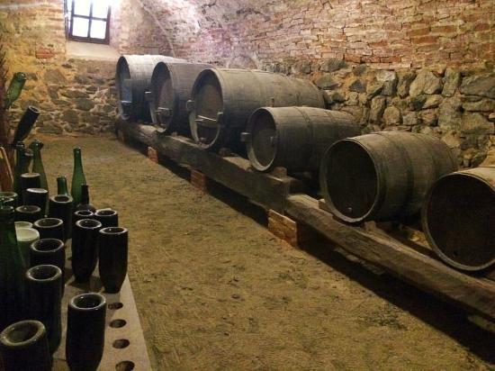 Mango, Italia: Wine tasting