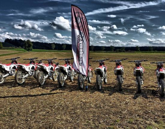MX-Academy Motocross Enduro Motorbike and Dirt-Bike riding Switzerland