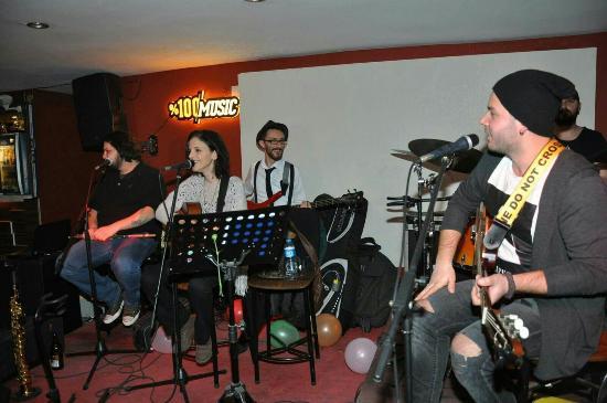 Eflatun Bar