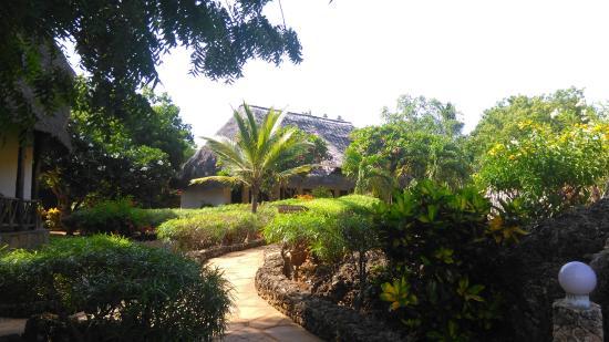 Kenga Giama Resort: vista dall'ingresso